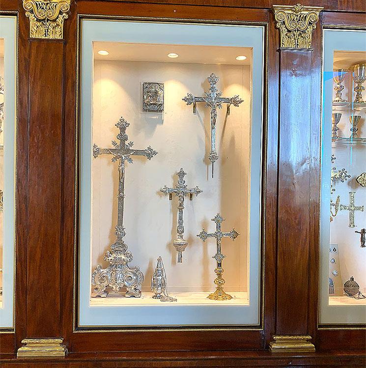 キリスト教美術館展示の十字架