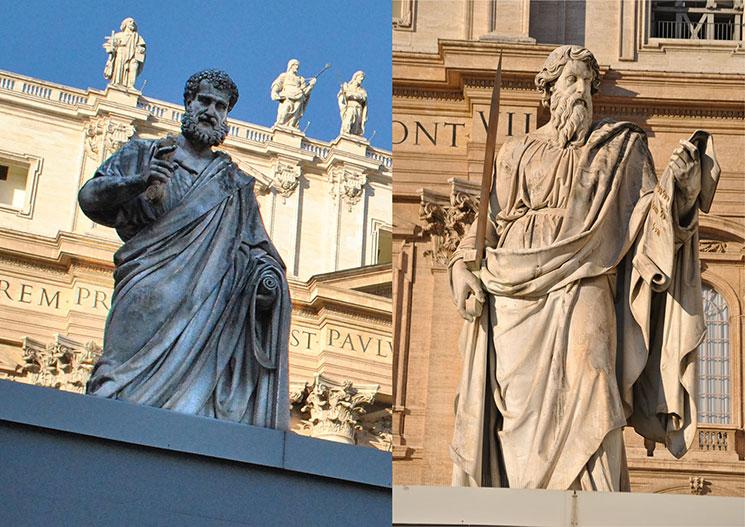 サン・ピエトロ大聖堂正面の聖ペテロ像と聖パウロ像