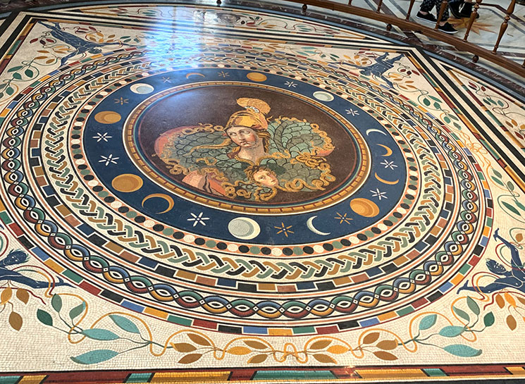 ギリシャ十字の間 床のモザイク画