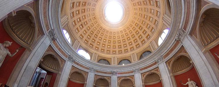 円形の間の円屋根