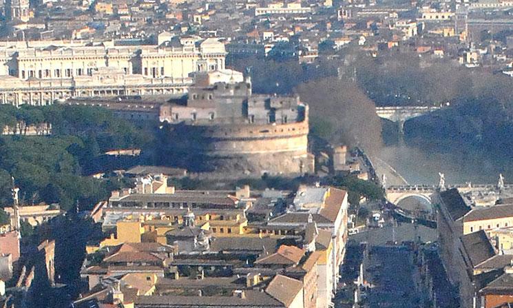 クーポラから見るサンタンジェロ城の景観
