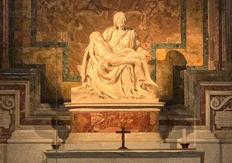 ミケランジェロ作 ピエタの像