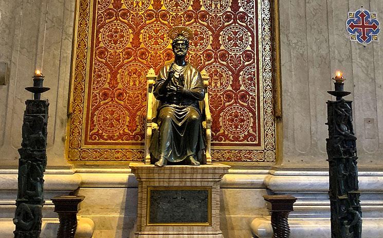 聖ペトロ像