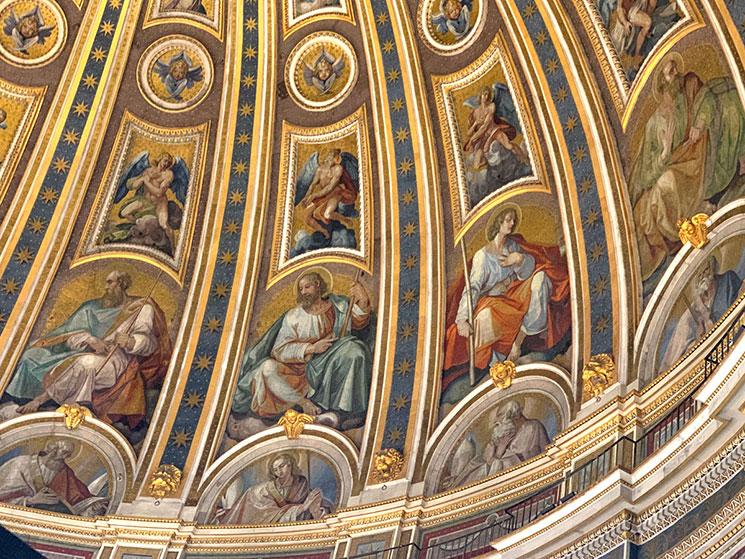クーポラ内側の装飾
