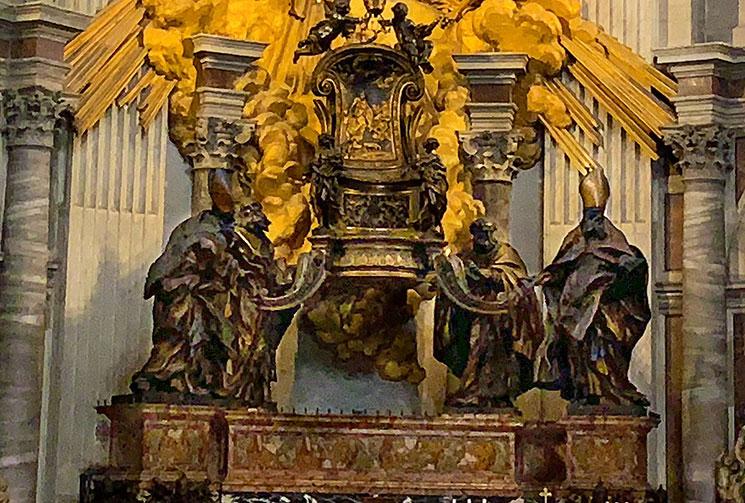 聖ペトロの司教座を支える4人の教会博士たちの像