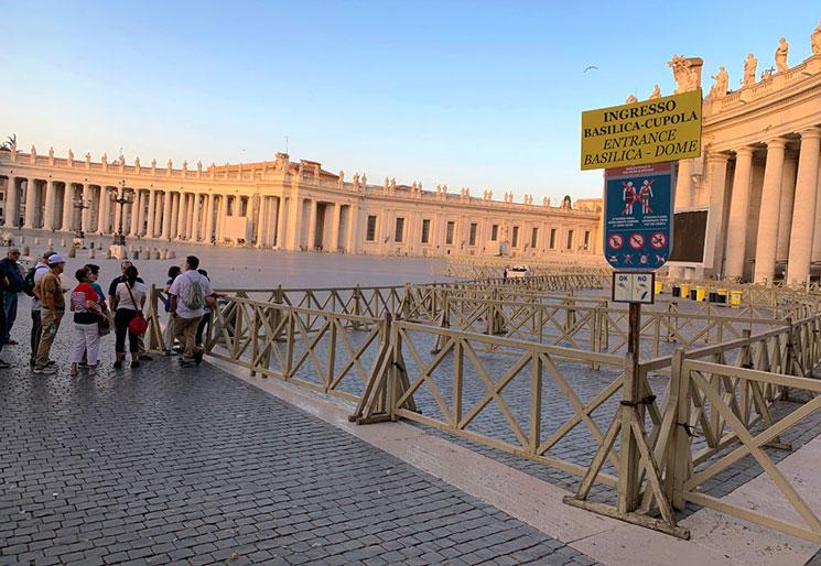サンピエトロ大聖堂(クーポラ)の入場口