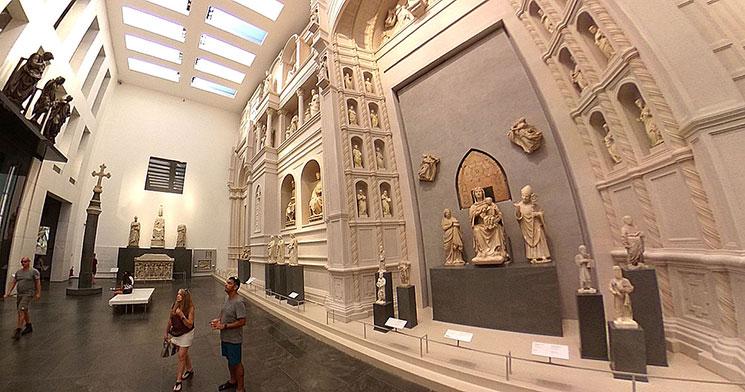 ドゥオーモ付属美術館 0階 第6室の景観