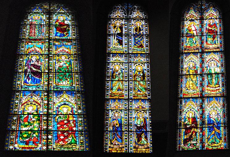 ドゥオーモ大聖堂内部のステンドグラス