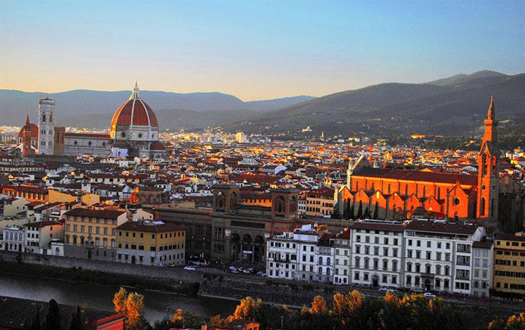 ミケランジェロ広場から見るドゥオーモとフィレンツェ市内