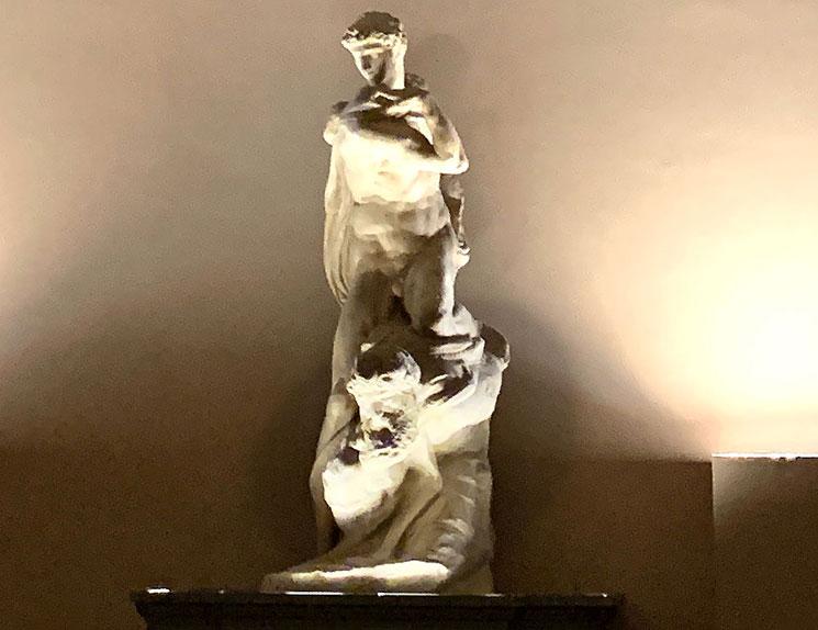 ミケランジェロの「勝利像」