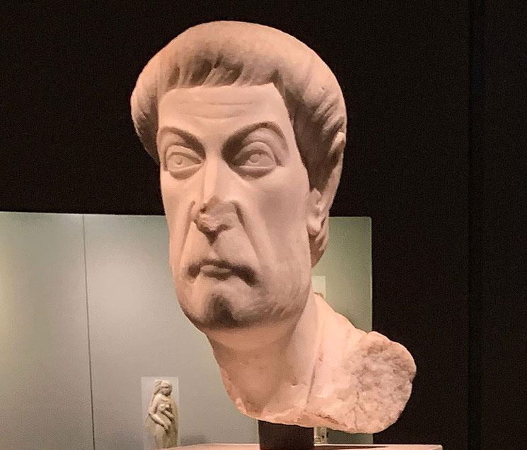 エウトロピオス