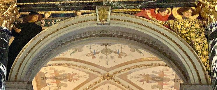グスタフ・クリムト作の壁画