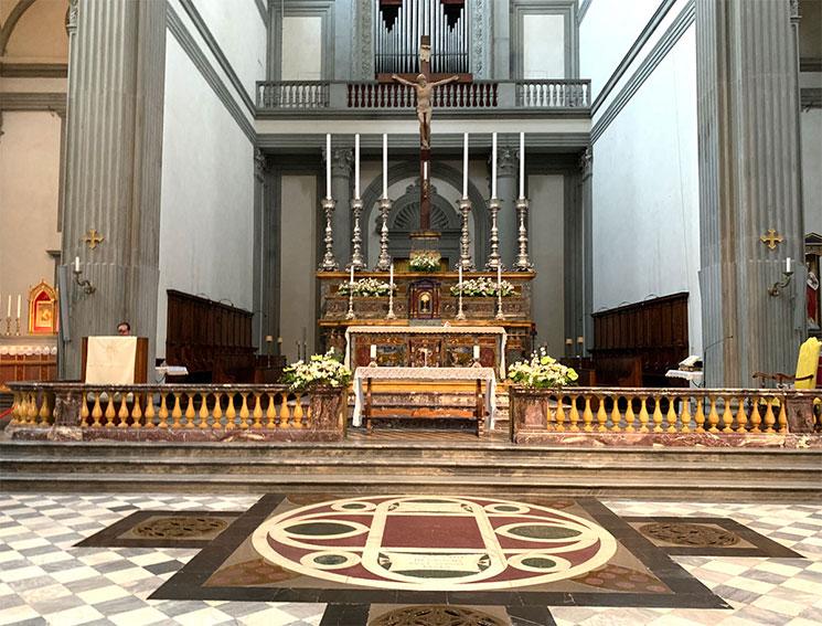 サン・ロレンツォ教会の主祭壇