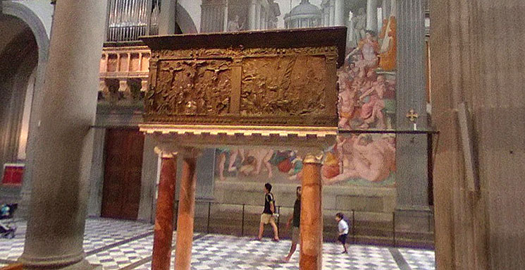 ドナテッロの説教壇