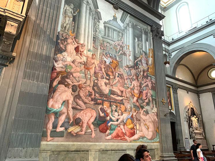 サン・ロレンツォ教会 内部のフレスコ画