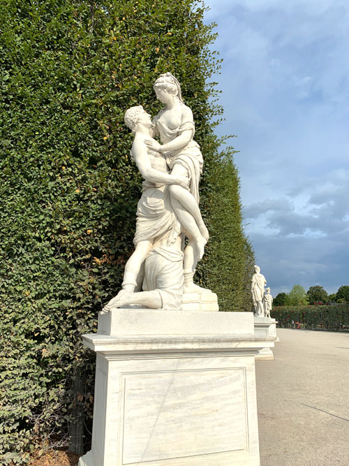 シェーンブルン宮殿の彫像