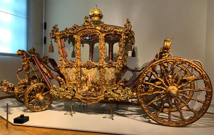 馬車博物館 エリザベートが戴冠式のパレードで使用した馬車