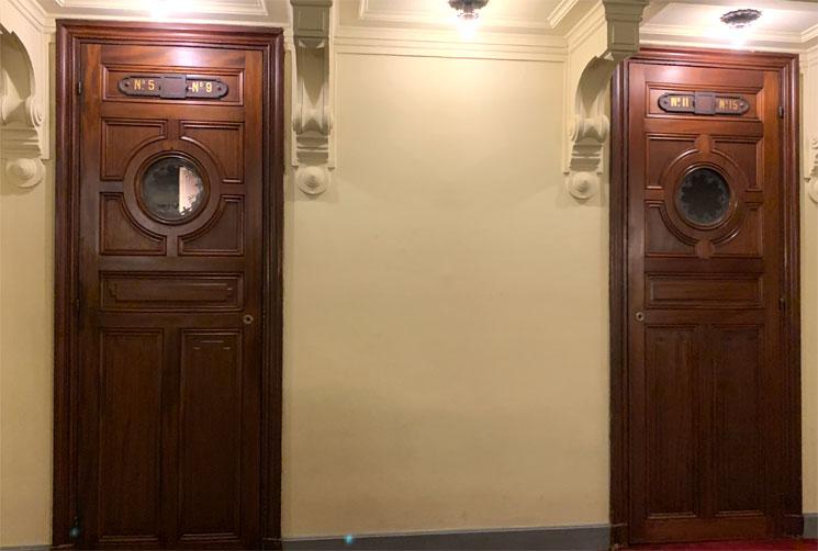 オペラ座の怪人 5番のボックス席のドア
