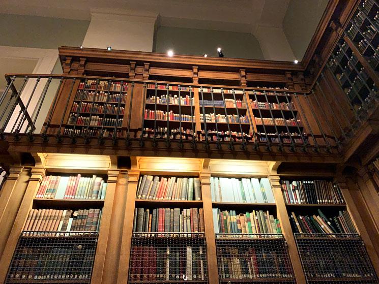 オペラ座図書館