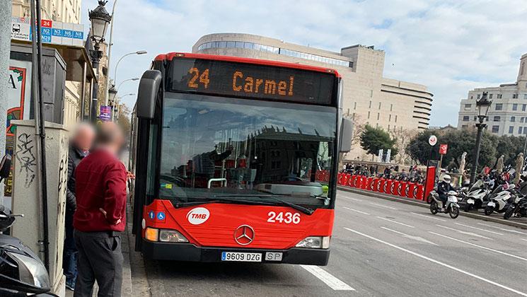 カタルーニャ広場 市バス24番