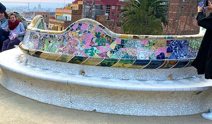 グエル公園 波形のベンチ