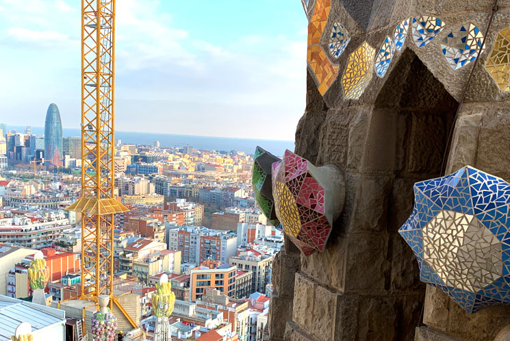 塔から見るバルセロナ市内の景観