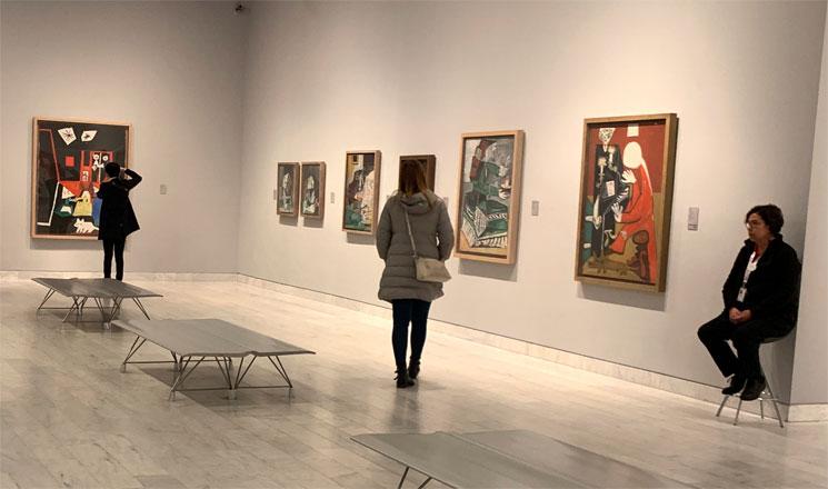 ピカソ美術館館内と展示作品