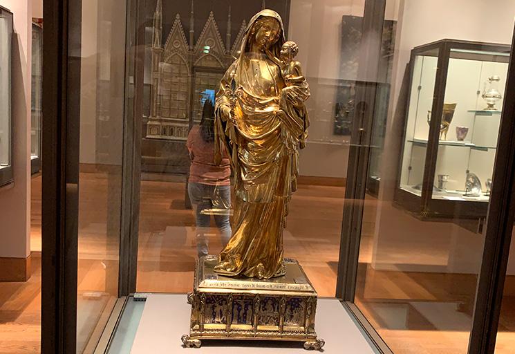 王妃ジャンヌ・デヴルーの聖母子像