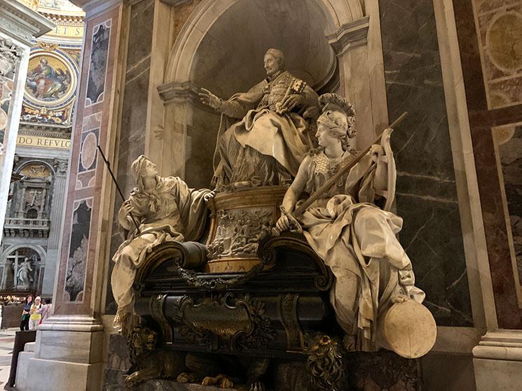 サン・ピエトロ大聖堂「イノケンティウス12世の墓碑」