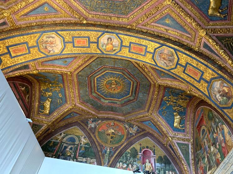 第4室「自由七学芸の間」の天井装飾