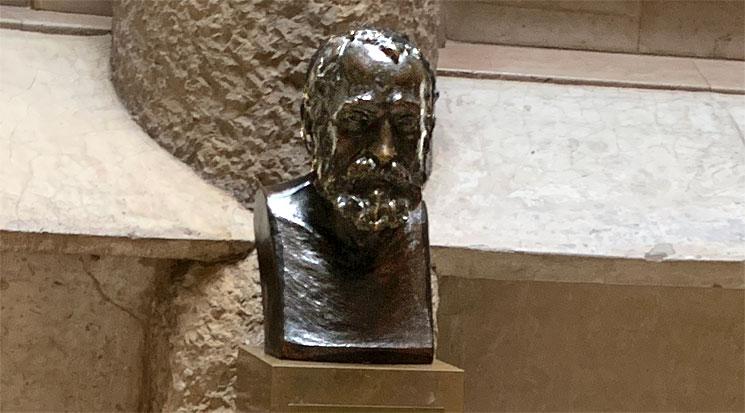 カサ・ミラ ガウディの胸像