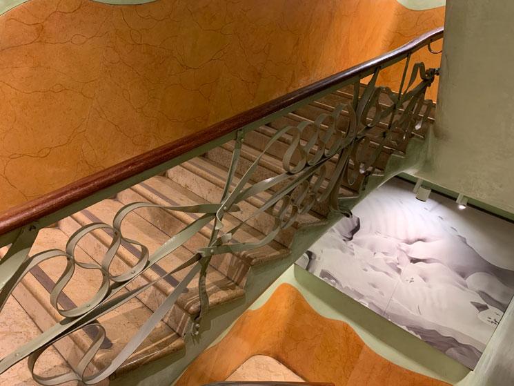 カサ・ミラ 住居スペースの階段