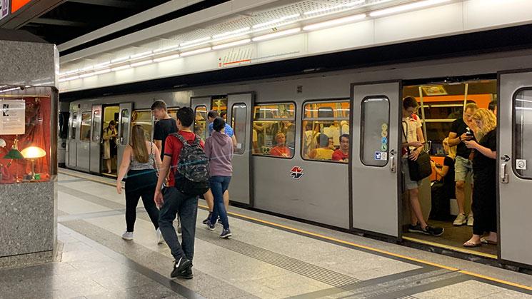 地下鉄(U-Bahn)
